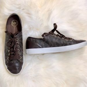 MK LEATHER SHOES